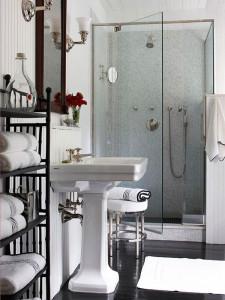 design-petite-salle-de-bain-chic