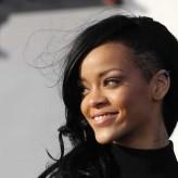 Jeunes femmes : se raser la tête devient la nouvelle tendance !