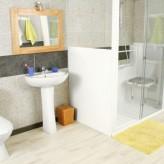 Accessibilité du bain ou de la douche : l'éventail de solutions