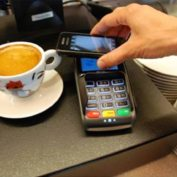 Apple Pay débarque en France !