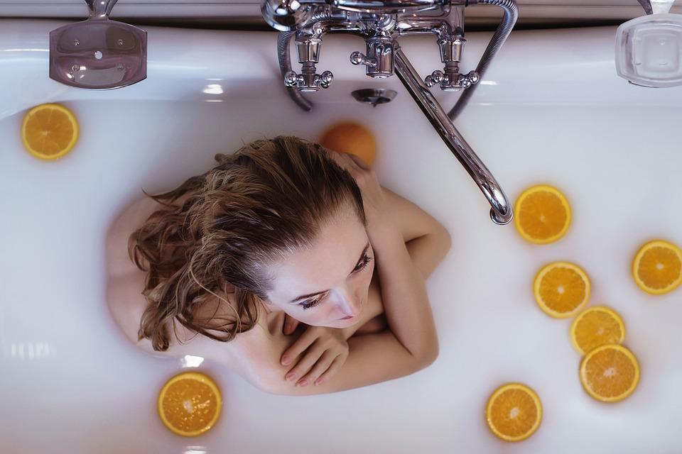 Salle de bain : quelques astuces pour la transformer en espace détente
